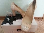 шикарные женские туфли итальянского бренда